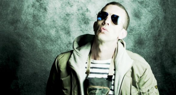 Richard Ashcroft sale en defensa del pop y dispara contra la música indie