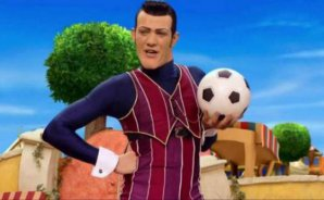 Muere actor de 'Lazy Town' que interpretó a Robbie Rotten
